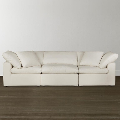 Large U Shaped Sectional With Chaise