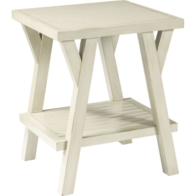 Broyhill Splay Leg End Table