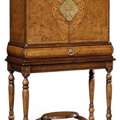 Jonathan Charles Seaweed Humidor Collectors Cabinet