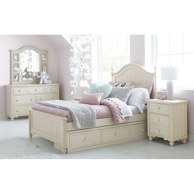 Legacy Classic Kids Low Poster Bed