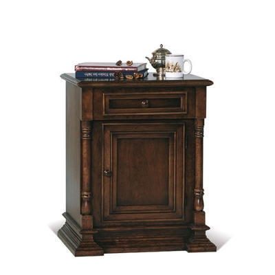 Old Biscayne Designs Reilly End Table