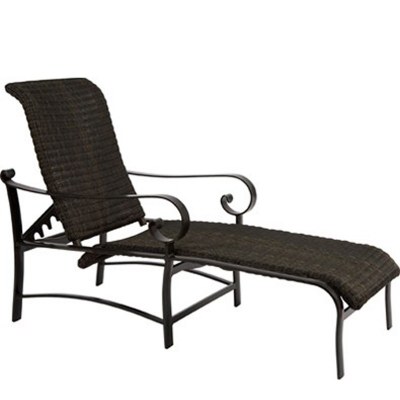 Woodard Round Weave Adjustable Chaise Lounge