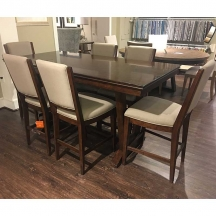 dining room outlet clearance furniture hickory park furniture galleries. Black Bedroom Furniture Sets. Home Design Ideas