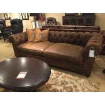 Living room outlet clearance furniture hickory park for Affordable furniture 2 go ltd blackpool
