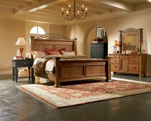 Attic Heirlooms Mansion Bed