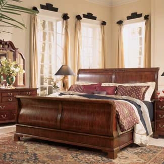 Cherry Grove Sleigh Bed