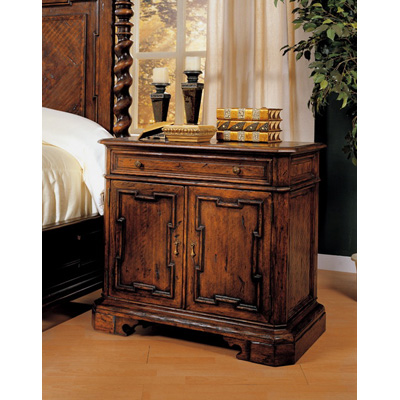 Eastern legends 56210 monte bianca queen bed discount furniture at hickory park furniture galleries for Eastern legends bedroom furniture