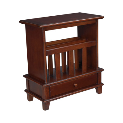 Hammary Chairside Table med Cherry
