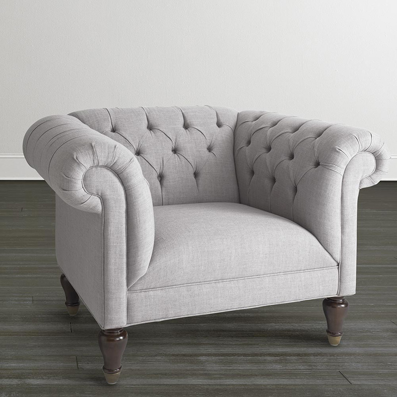 Gentil Bassett Chair And A Half