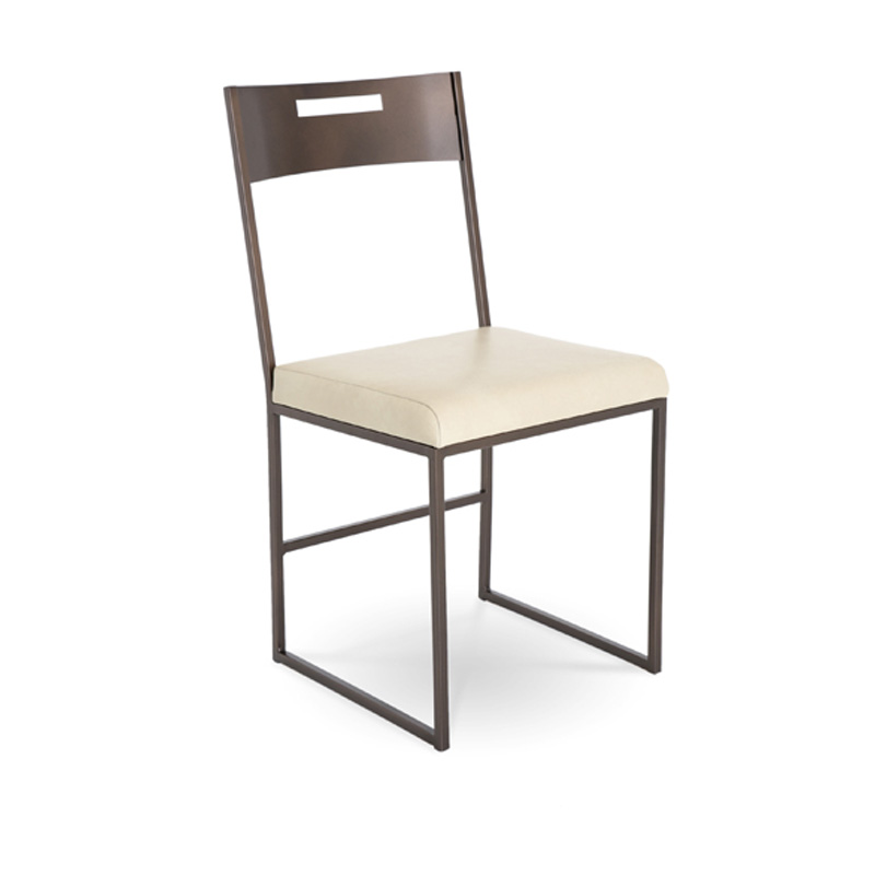 Charleston forge c915 astor side chair discount furniture for Charleston forge furniture