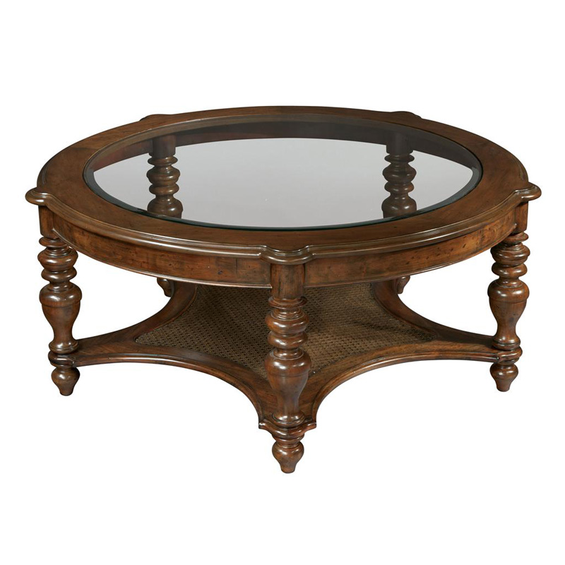 Hekman 2 3202 Vintage European Round Coffee Table Discount Furniture At Hickory Park Furniture