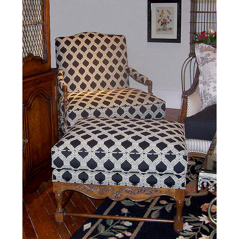 Discount Country Furniture: Highland House 4103-28 French Country Verdon Ottoman