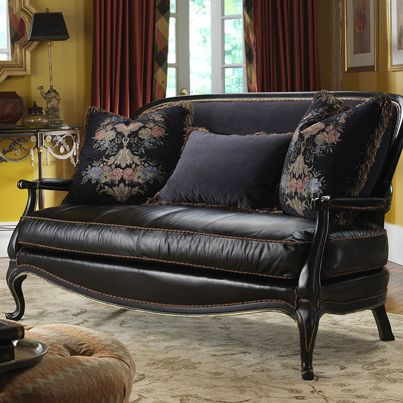 Highland House Leather Frogmore Settee