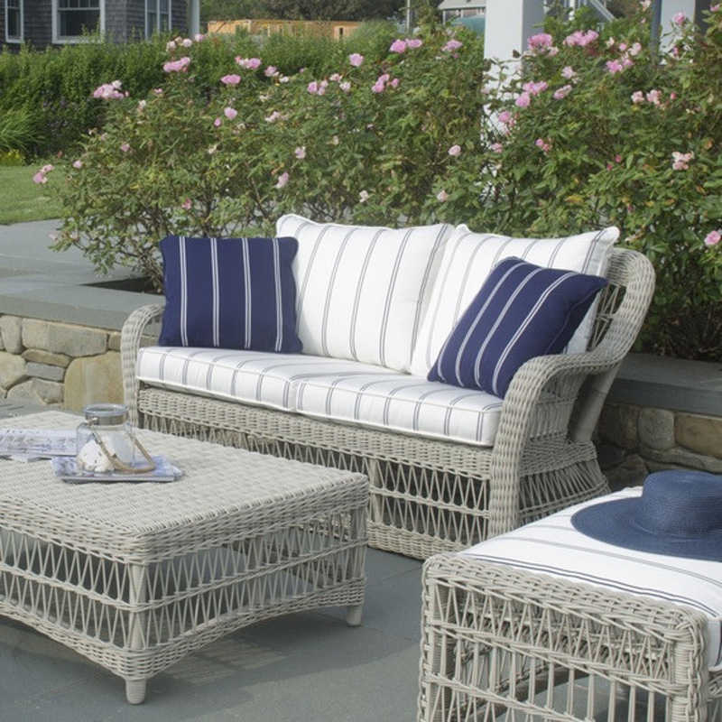 Kingsley Bate So60 Southampton Settee Discount Furniture At Hickory Park Furniture Galleries