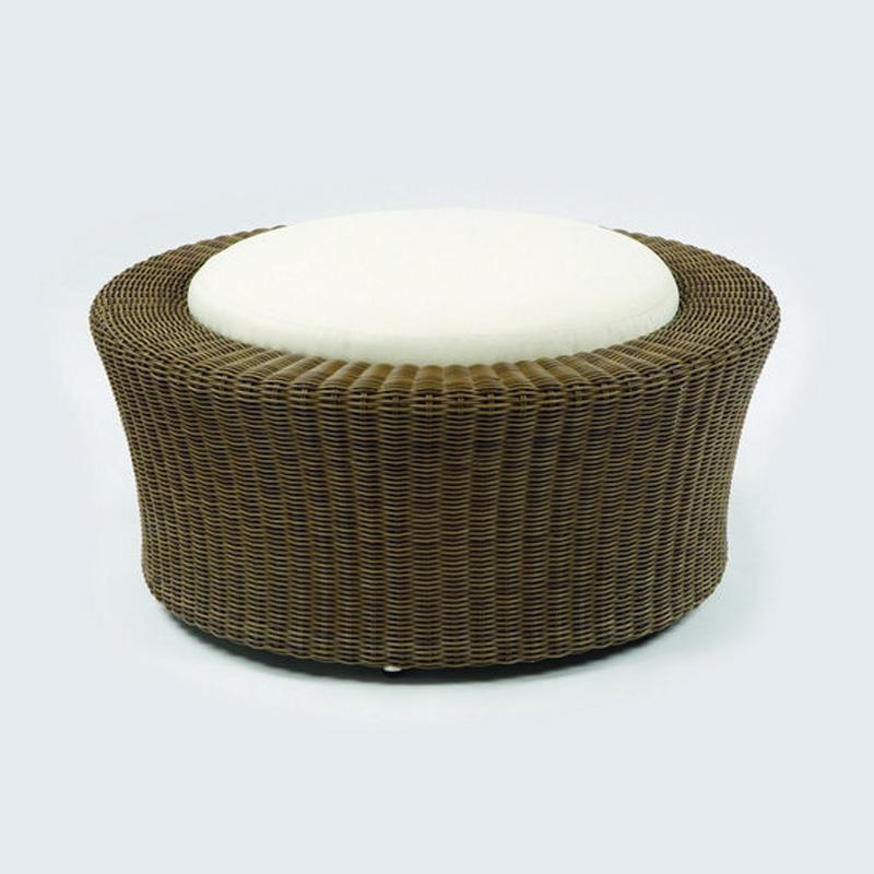 Kingsley Bate CM10 Carmel Ottoman Discount Furniture at  : kingsleybate05042014154157023 from www.hickorypark.com size 800 x 800 jpeg 133kB