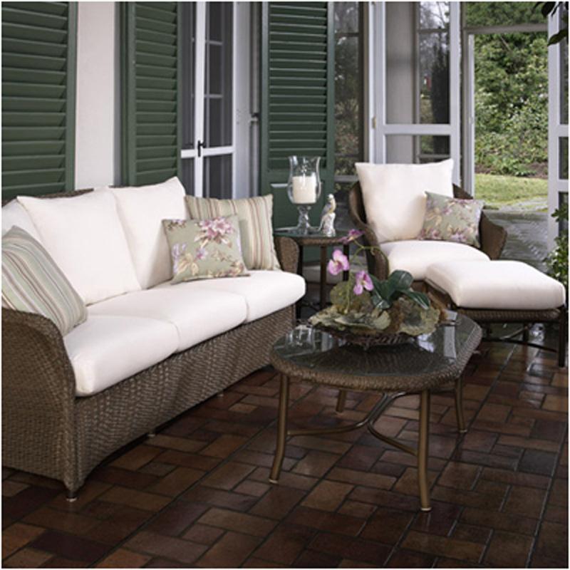 Weekend Furniture Warehouse: Lloyd Flanders 72055 Weekend Retreat Sofa Discount