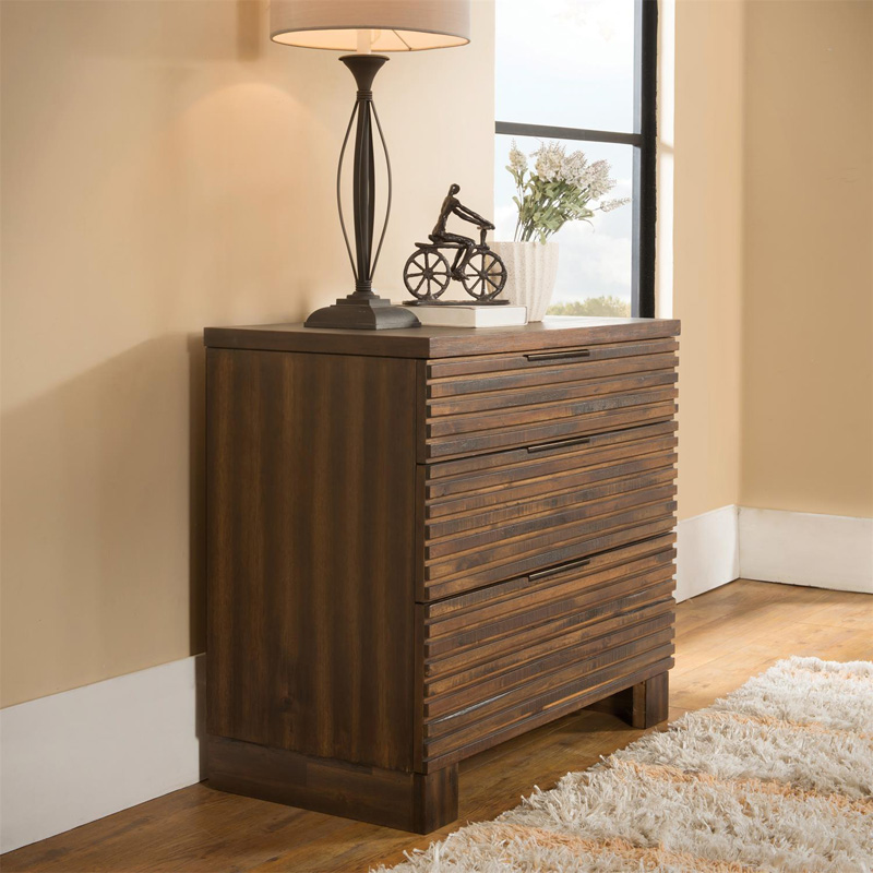 Riverside 15363 Modern Gatherings Bachelor Chest Discount Furniture At Hickory Park Furniture