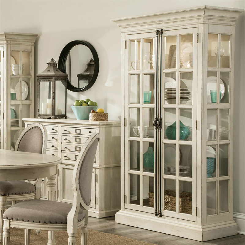 Cheap Furniture Delivered: Riverside 10255 Huntleigh China Cabinet Discount Furniture