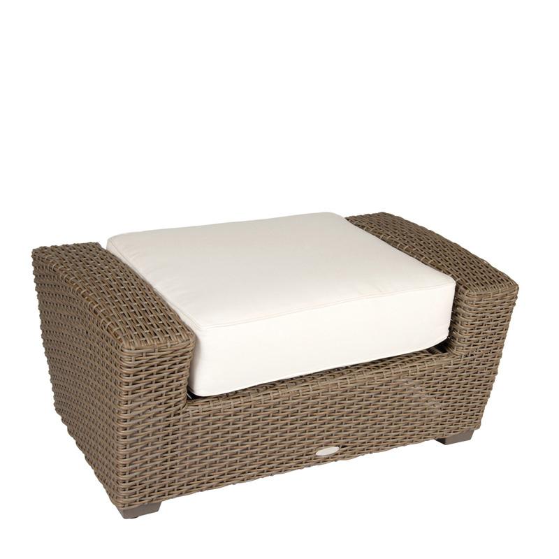 Bassett Furniture Augusta Ga: Woodard S592021 Augusta Love Seat Discount Furniture At